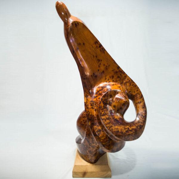 Sculpture la femme berbere